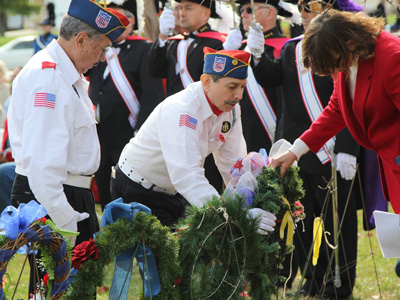Veterans organizations placed honorary wreaths